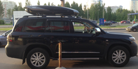 Toyota Land Cruiser 200 с боксом Thule Excellence (1)